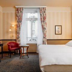 Small Luxury Hotel Ambassador Zürich 4* Улучшенный номер с различными типами кроватей