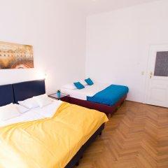 Апартаменты CheckVienna Edelhof Apartments Апартаменты с различными типами кроватей