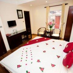 Hanoi Central Park Hotel 3* Номер Делюкс с различными типами кроватей