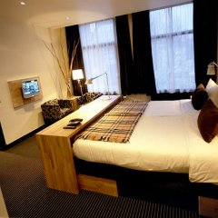 Отель Catalonia Vondel Amsterdam 4* Представительский номер с различными типами кроватей фото 2