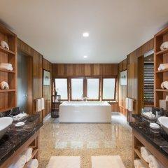 Отель Conrad Bora Bora Nui 5* Люкс с различными типами кроватей фото 2