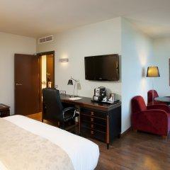 Отель Crowne Plaza Madrid Airport 4* Номер Делюкс с различными типами кроватей