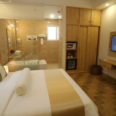 Thuy Sakura Hotel & Serviced Apartment 3* Номер Делюкс с различными типами кроватей