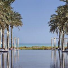 Park Hyatt Abu Dhabi Hotel & Villas 5* Стандартный номер с двуспальной кроватью
