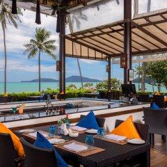 Отель The Vijitt Resort Phuket столовая на открытом воздухе