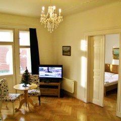 Апартаменты Old Town Square Apartments Стандартный номер с различными типами кроватей