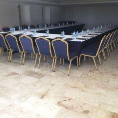Отель Kaya Belek конференц-зал