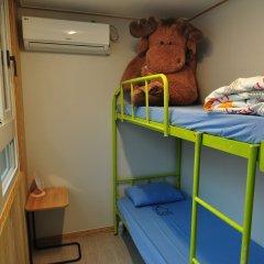 Отель Backpackers Inside Номер категории Эконом с двухъярусной кроватью (общая ванная комната)