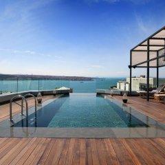 Отель Swissotel The Bosphorus Istanbul бассейн на крыше