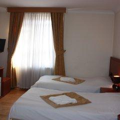 Corner House Hotel 3* Стандартный семейный номер с двуспальной кроватью