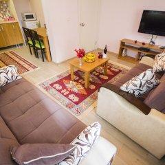 Апартаменты Feyza Apartments Улучшенные семейные апартаменты с двуспальной кроватью