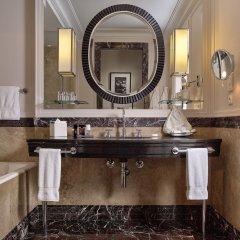 Отель Four Seasons Gresham Palace ванная фото 2