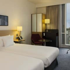 DoubleTree by Hilton Hotel Amsterdam Centraal Station 4* Стандартный номер с различными типами кроватей фото 2