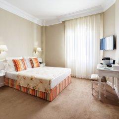 Отель Colón 4* Стандартный номер с двуспальной кроватью