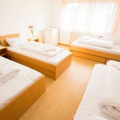 myNext - Summer Hostel Salzburg Кровать в общем номере с двухъярусной кроватью