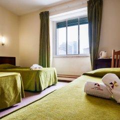 Отель Residencial Lar do Areeiro 2* Стандартный номер с различными типами кроватей фото 2