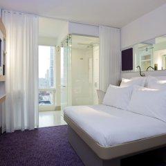 Отель Yotel New York at Times Square 3* Стандартный номер с двуспальной кроватью