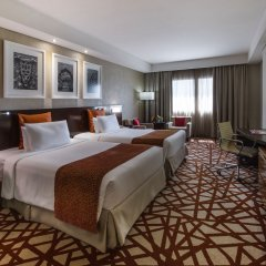 Отель Crowne Plaza Dubai - Deira 5* Стандартный номер