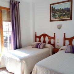Отель Hostal Rural Montual Стандартный номер с различными типами кроватей