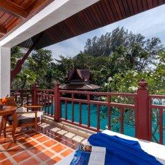 Отель Thavorn Beach Village Resort & Spa Phuket 4* Стандартный номер с различными типами кроватей фото 11