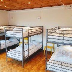 Отель Marken Guesthouse Кровать в мужском общем номере фото 2