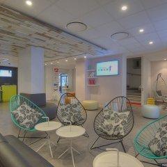Отель Ibis Styles Nice Centre Gare Ницца вестибюль