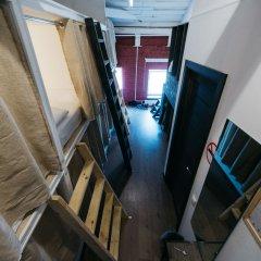 Хостел Кеды и кофейня Кровать в общем номере с двухъярусной кроватью