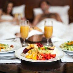 CARLSBAD PLAZA Medical Spa & Wellness hotel 5* Люкс с различными типами кроватей фото 3