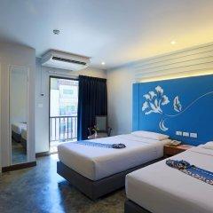 Отель Days Inn by Wyndham Patong Beach Phuket 3* Кровать в общем номере с двухъярусной кроватью