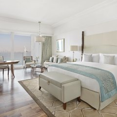 Отель Waldorf Astoria Dubai Palm Jumeirah 5* Номер Делюкс с различными типами кроватей