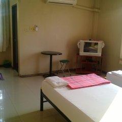 Отель Phurahong Homestay 2* Стандартный номер с различными типами кроватей