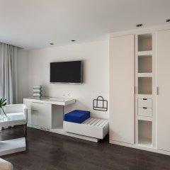 Отель Room Mate Carla 4* Стандартный номер с двуспальной кроватью фото 3