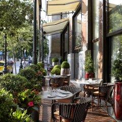 Отель Four Seasons Gresham Palace столовая на открытом воздухе