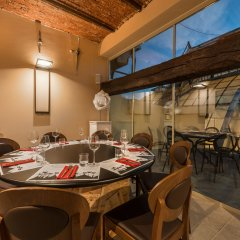 Отель TownHouse Duomo ресторанный дворик