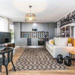Отель LxWay Lisboa aos Poiais Апартаменты