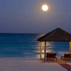 Отель The Ritz-Carlton Cancun пляж фото 4