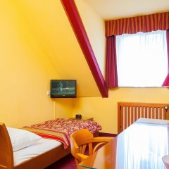 Отель Cloister Inn 3* Стандартный номер с различными типами кроватей