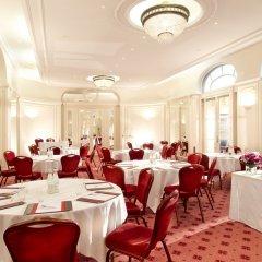 Отель Hôtel California Champs Elysées банкетный зал
