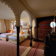 Отель Jumeirah Al Qasr - Madinat Jumeirah 5* Улучшенный номер с различными типами кроватей фото 7