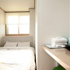 Отель K-POP GUESTHOUSE Seoul Station 2* Стандартный номер с различными типами кроватей