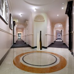 Отель Sofitel Rome Villa Borghese коридор
