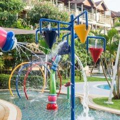 Отель Phuket Marriott Resort & Spa, Merlin Beach открытая детская игровая площадка