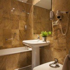 Отель Tierras De Jerez Испания, Херес-де-ла-Фронтера - 3 отзыва об отеле, цены и фото номеров - забронировать отель Tierras De Jerez онлайн ванная