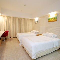 Overseas Chinese Friendship Hotel 3* Улучшенный номер с различными типами кроватей