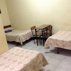 Отель Hostal Nilo Стандартный номер с различными типами кроватей