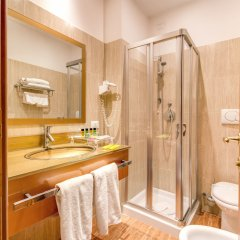 Отель Augusta Lucilla Palace 4* Стандартный номер с различными типами кроватей фото 24