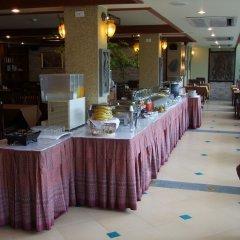 Отель La Vintage Resort буфет