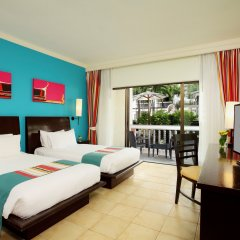 Отель Centara Kata Resort 4* Люкс