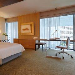 Four Seasons Hotel Tokyo at Marunouchi 5* Улучшенный номер с различными типами кроватей