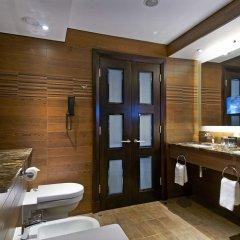 Отель London Hilton on Park Lane ванная фото 6